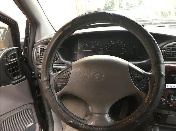 Chrysler Grand Voyager 2000 рік на ходу Dodge Ram Van