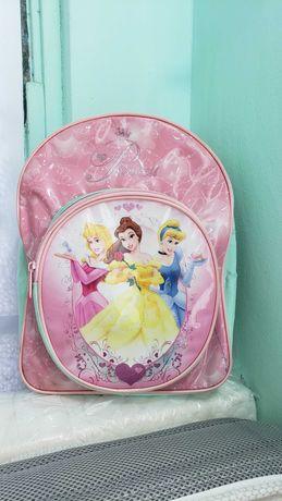 рюкзачок для девочки Принцессы для садика