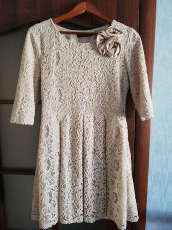 Платье кружевное беж р.46