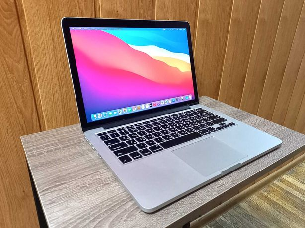 Macbook Pro 13 2015, i5, 8/256, Відмінний стан!