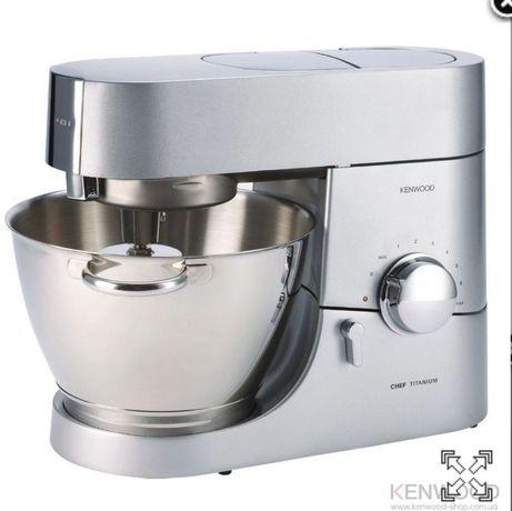 Кухонная машина Kenwood KMC 010 Chef