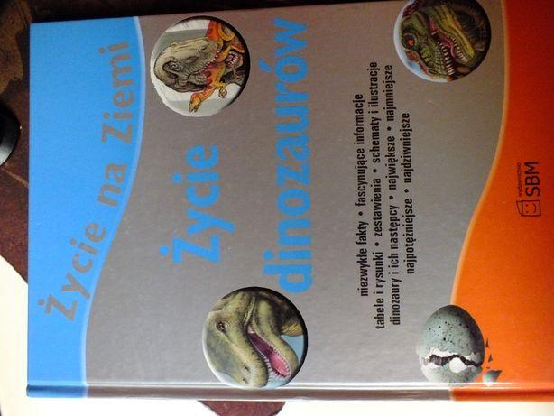 Książka życie dinozaurów