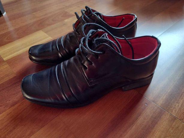 Buty komunijne dla chłopca rozm. 35