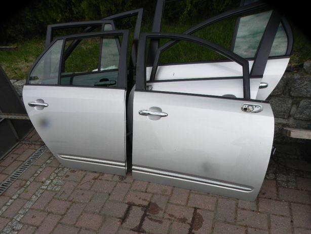 KIA Carens III 06-12r drzwi przód tył lakier 3d