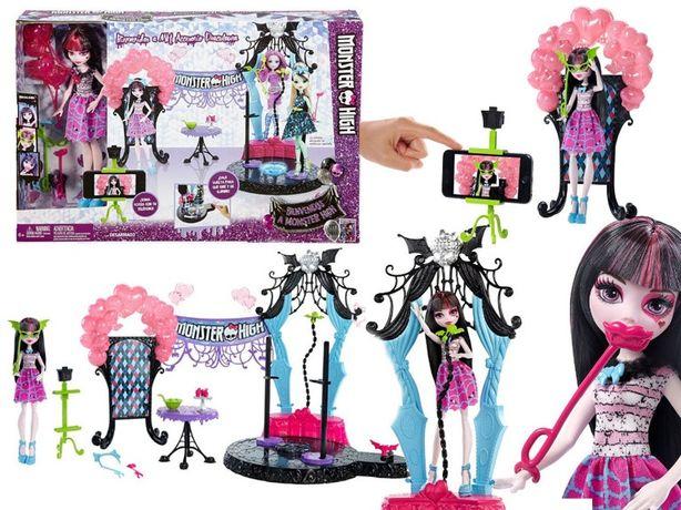 Mattel Monster High Impreza Straszygwiazdy Draculaura DNX68