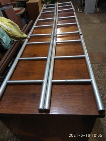 Лестница металлическая секционная