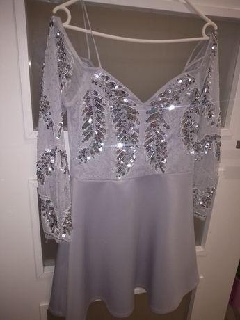 Sukienka ASOS zdobiona