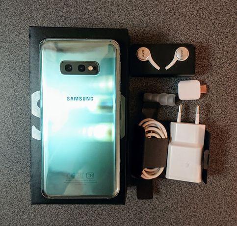 Смартфон Samsung S10e