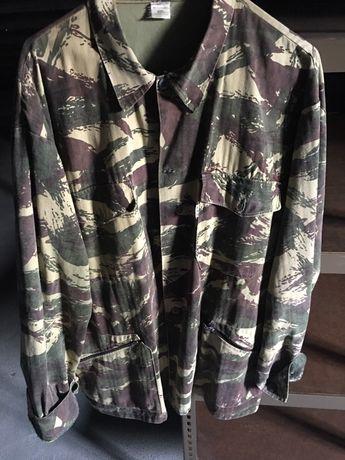 Camisa de caçador / casaco T : XL