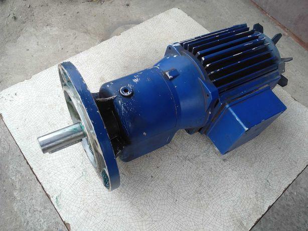 Мотор-редуктор  на 63 об/мин 0,37 кВт  Германия