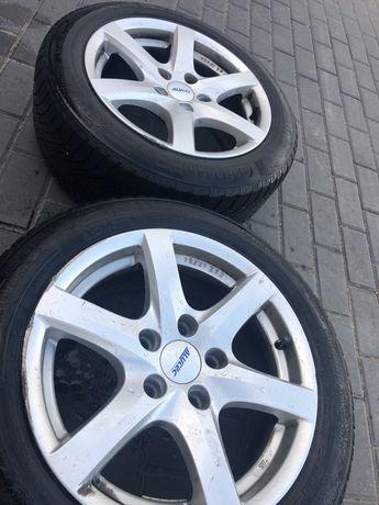 Komplet Alufelgi do BMW z oponami zimowymi