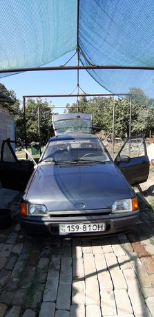 Продам Ford Escort 1990!!