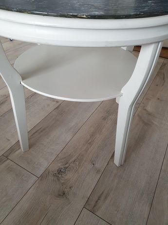 Okrągły stolik biały