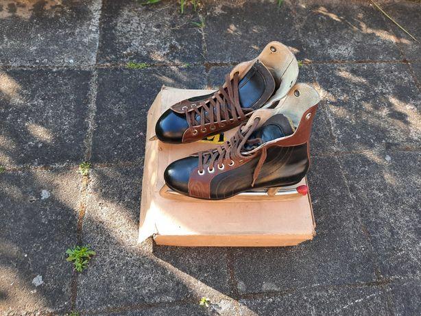 Stare łyżwy hokejowe - kolekcjonerskie