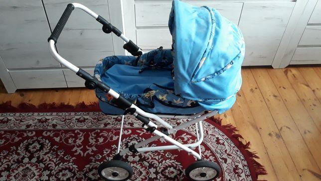 Wózek zabawkowy dwa w jednym spacerówka i głęboki z nosidełkiem.
