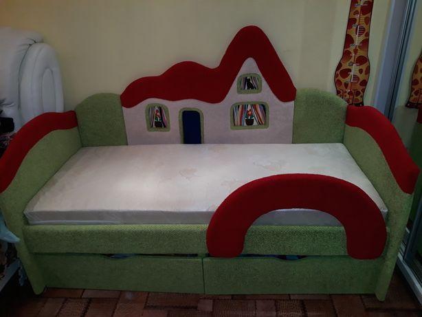 """Продам кровать  """"Домик"""""""