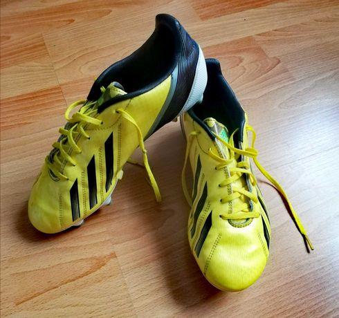 Buty, korki adidas - oryginalne, model F10