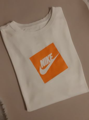 Tshirt NIKE koszulka klasyka r. M