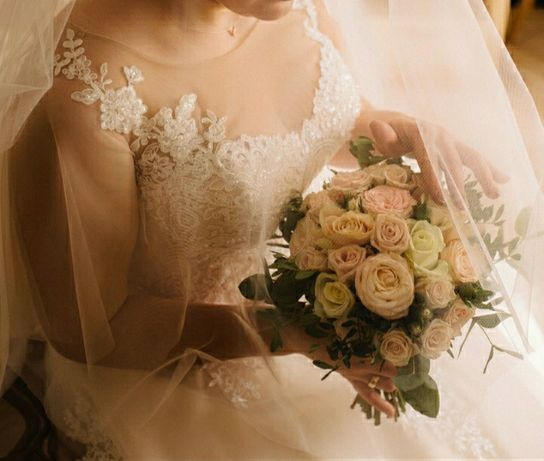 Весільне плаття 44-46 розмір