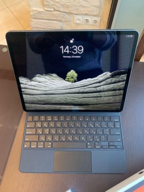 iPad Pro 12.9 256gb + Magic keyboard + Apple Pencil v2