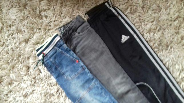 Spodnie dla chłopca 122. 3 pary 25 zł