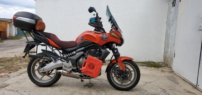 Kawasaki Versys 650 ABS–универсальный турэндуро