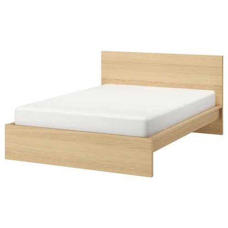 Estrutura de cama + estrado + colchão + mesa de cabeceira IKEA