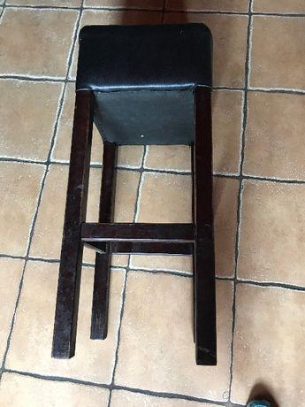 stoły+krzesła barowe + pufa pub restauracja +trzy stoliki okrągłe