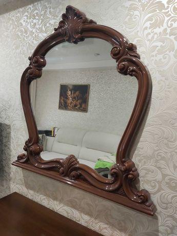 Цена снижена! Продам красивое зеркало в деревянной раме