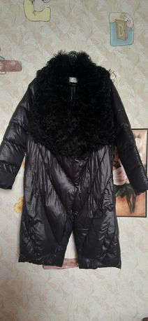 Шикарне жіноче пальто