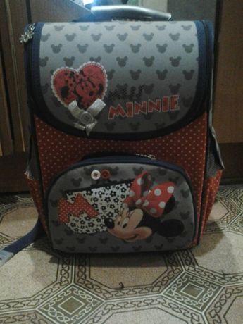 Рюкзак для школьницы