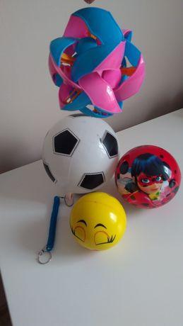 Piłki, różne funkcyjne zmyłka, na sprężynce