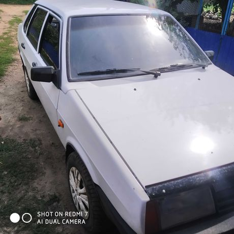 Машина ВАЗ 21099