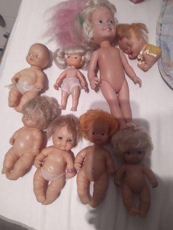 Bonecas em bom estado