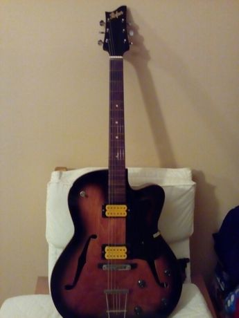 Guitarra de jazz hollowbody Hofner hollow body. Reliquia de 1978.