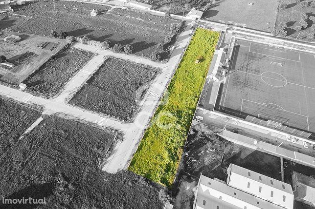 Terreno urbano com 247 m2, para construção de moradia unifamiliar | Vi