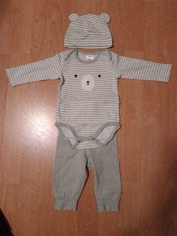 Komplet Body +spodnie + czapka r.62