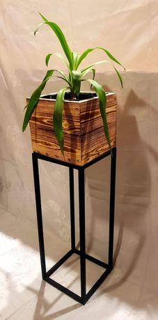 Kwietnik loft metalowy z drewniana donica