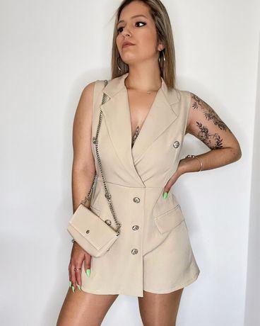 Macacão Nude com mala incluida