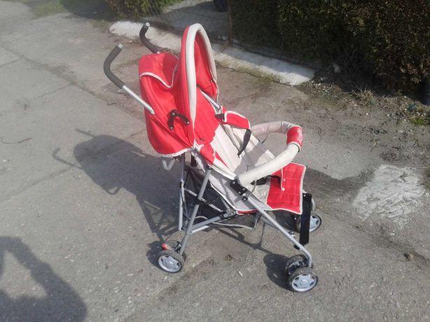 wózek dziecięcy,spacerówka,parasolka,parasol czerwony