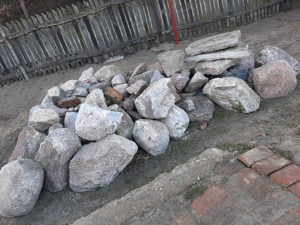 Oddam kamień duży
