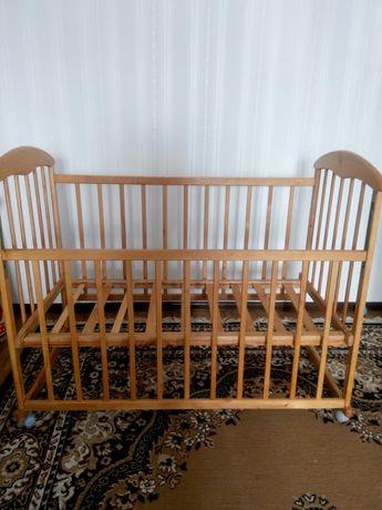 Дитяча кроватка від 0—3 років