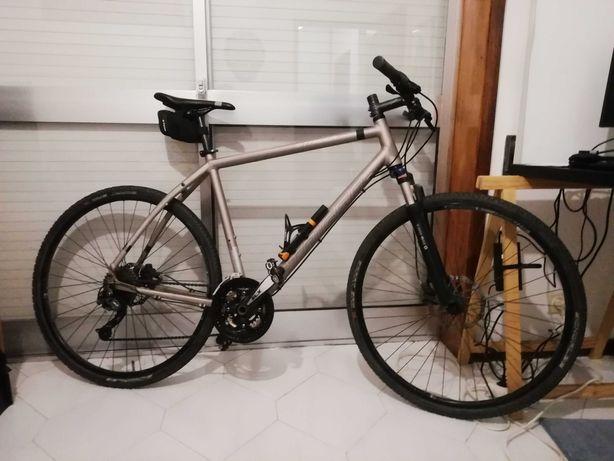 Bicicleta hibrida alemã Staiger roda 28 (700)
