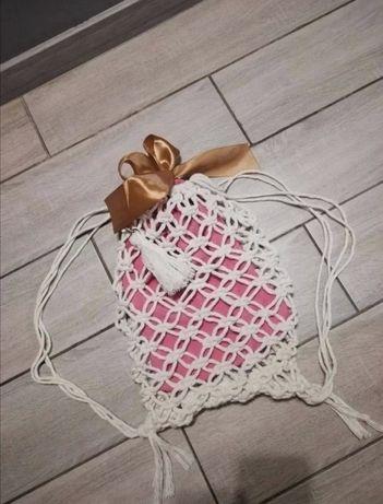 Plecak wykonany metodą makrama
