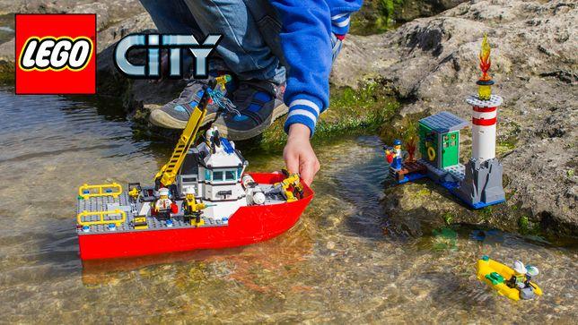 Конструктор LEGO City Fire Пожарный катер (60109)
