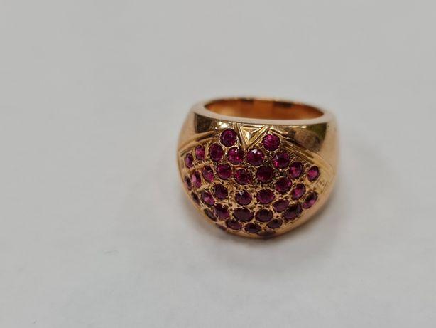 Wyjątkowy złoty pierścionek damski/ 750/ 12.4 gram/ R13/ Różowe kamien