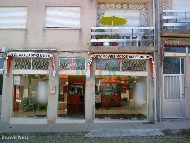 Loja - 95 m2 - Alfena