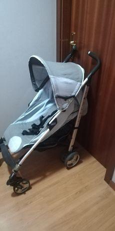 Vendo Carrinho de passeio para bebé criança