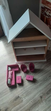 drewniany domek dla lalek barbi