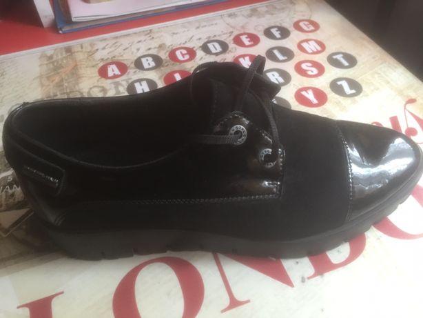Жіночі туфлі Carlo Pachini